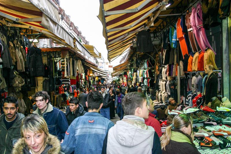 Street market, Istanbul, Turkey