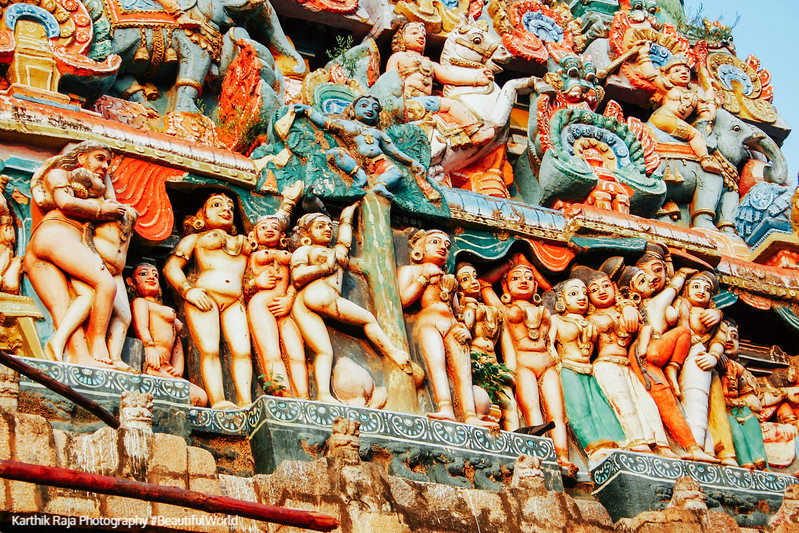Main Gopuram of the Sarangapani Temple, Erotic poses, Kumbakonam