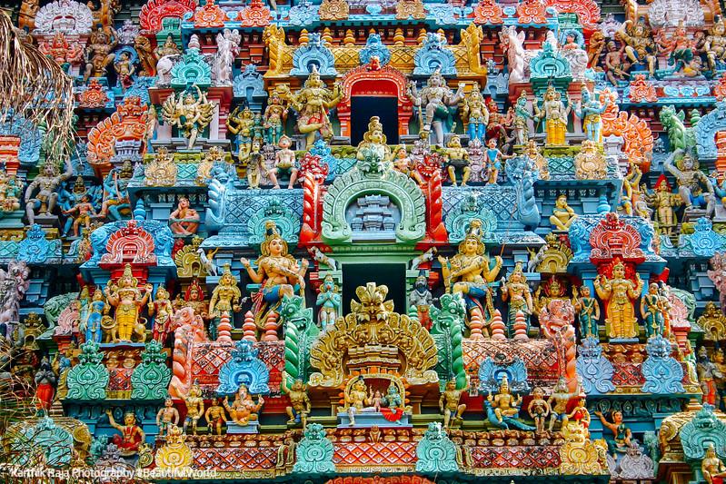 Sculptures on the gopuram, Sri Jambukeshwarar Akilandeswari Temp