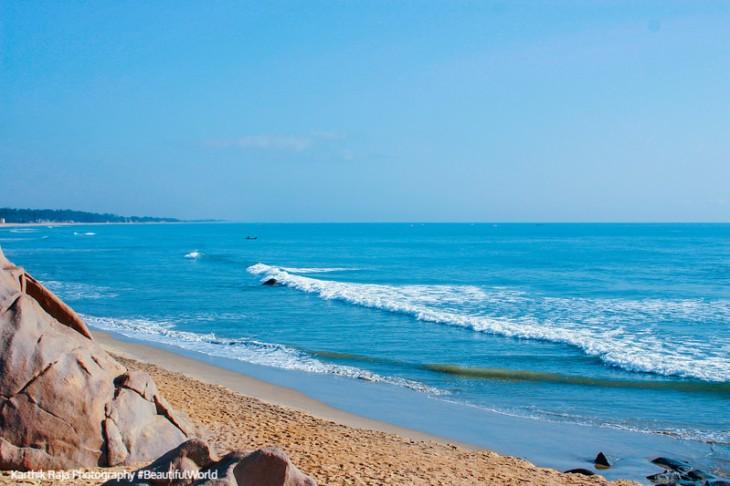 Bay of Bengal, Mahabalipuram, Tamil Nadu, India