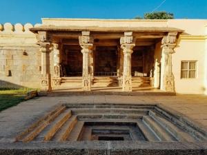 Water Tank, Columns, Sri Ranganathaswamy Temple, Srirangapatna,