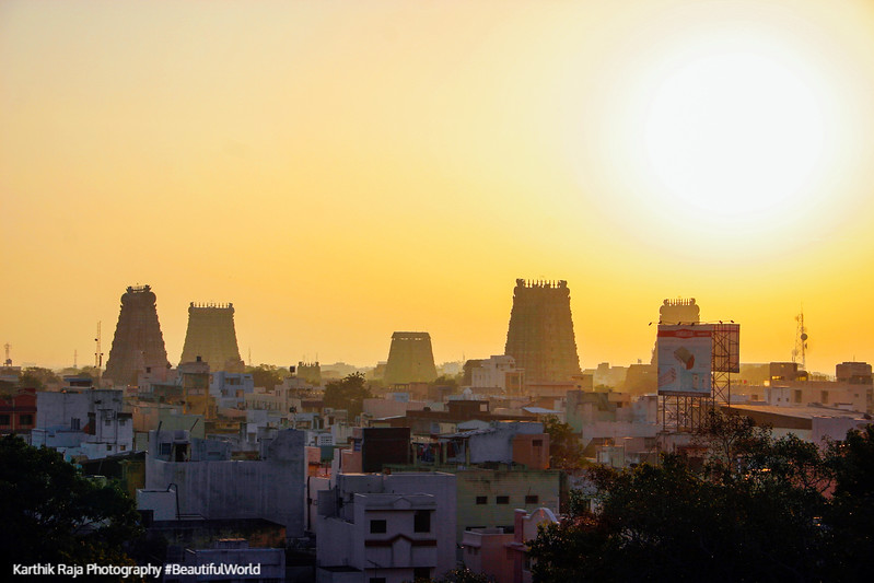 Meenakshi temple at dawn, sunrise, Madurai, India