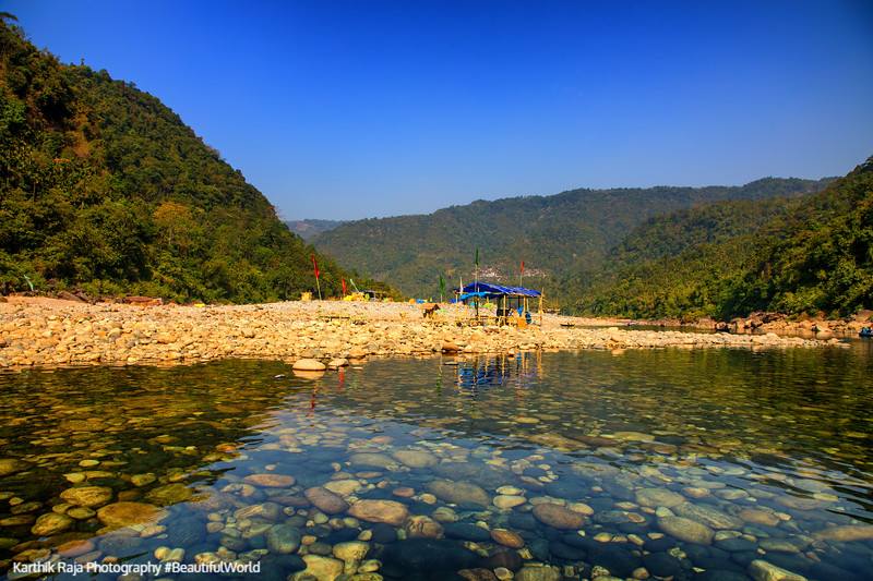 Crystal Clear water of Dawki River, Meghalaya - India - Bangalad